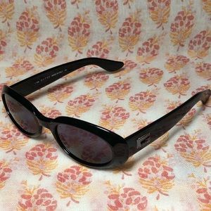 Vintage Gucci 135 oval sunglasses, black on black